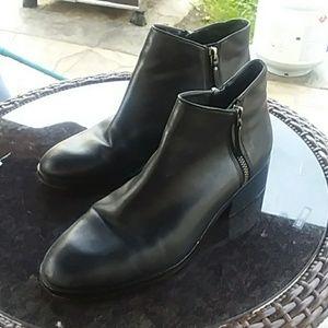 Cole Haan black double zipper booties